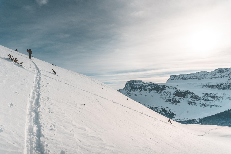 Skinning the upper alpine zone of Crystal Ridge